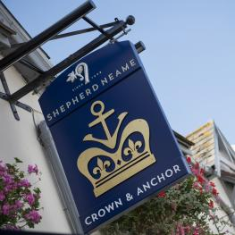 Crown And Anchor Shoreham Swingsign